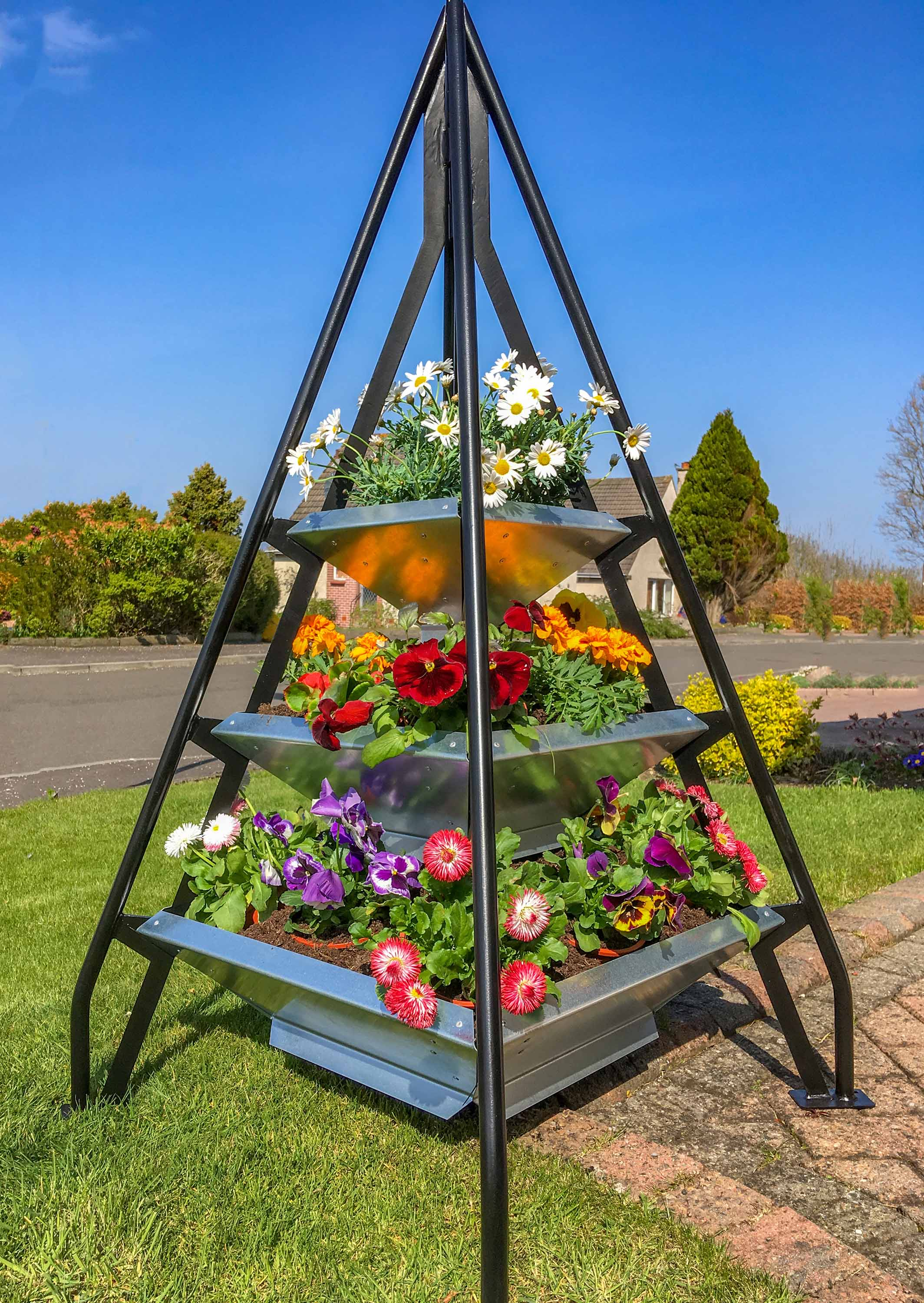 Pyramid Plantershttp://www.pyramidplanters.co.uk/