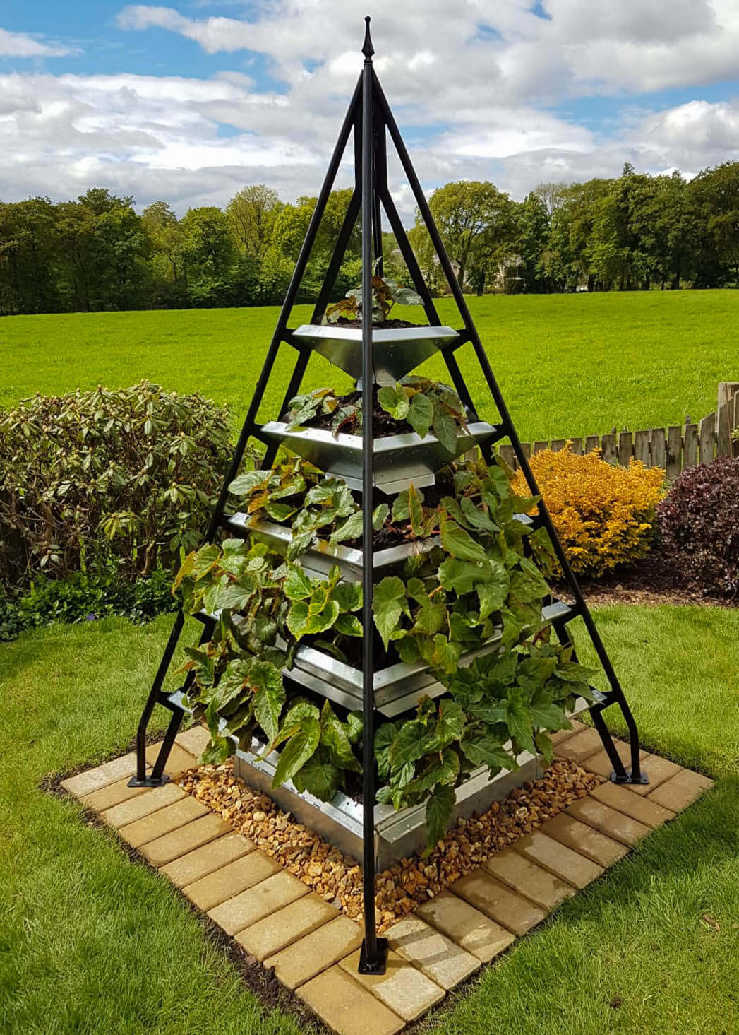 Pyramid Planters